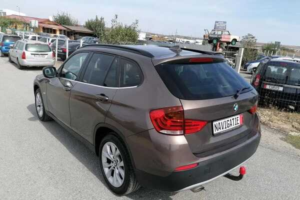 BMW X1 lateral